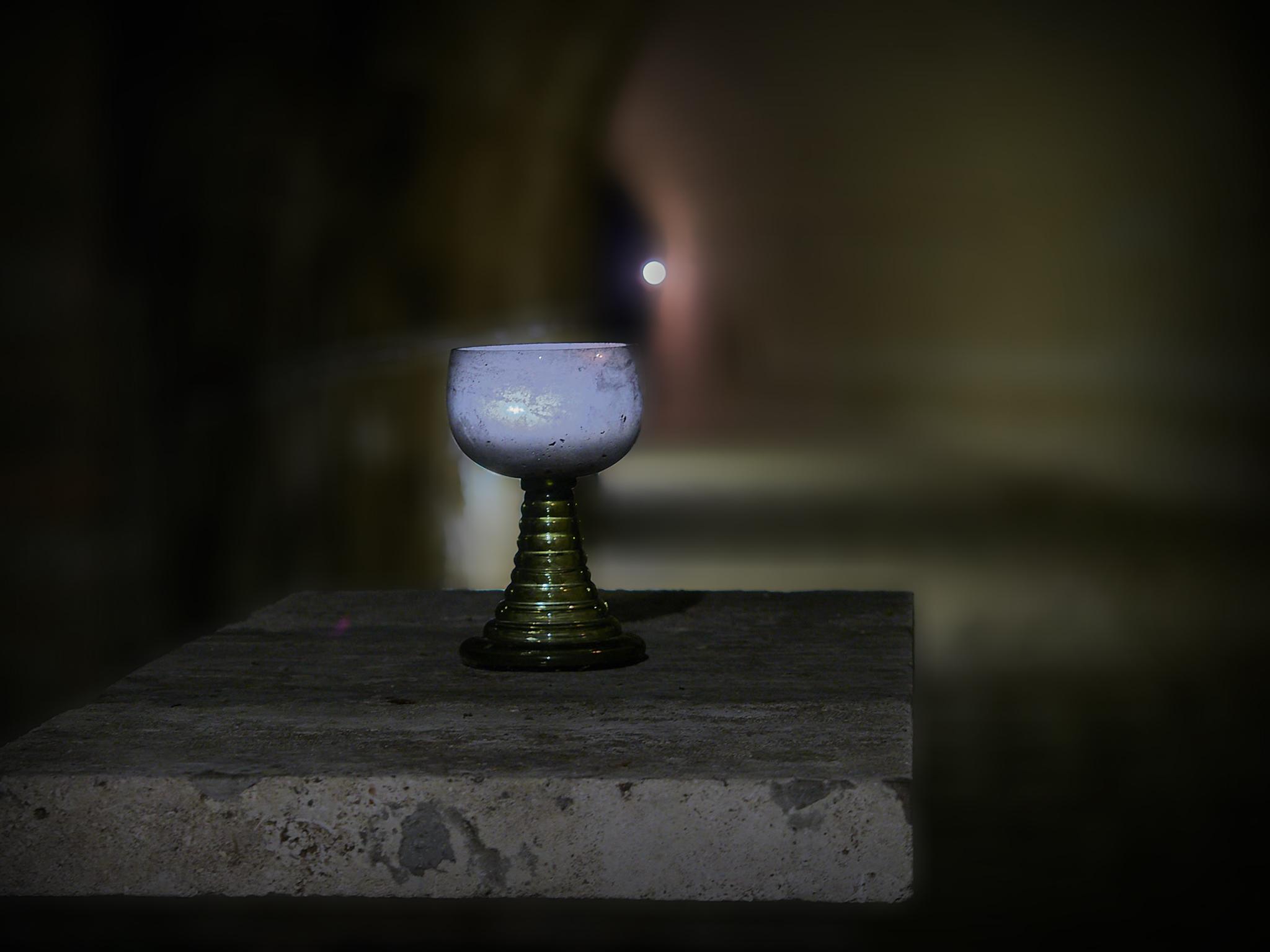 Weinglas im Himmelkeller