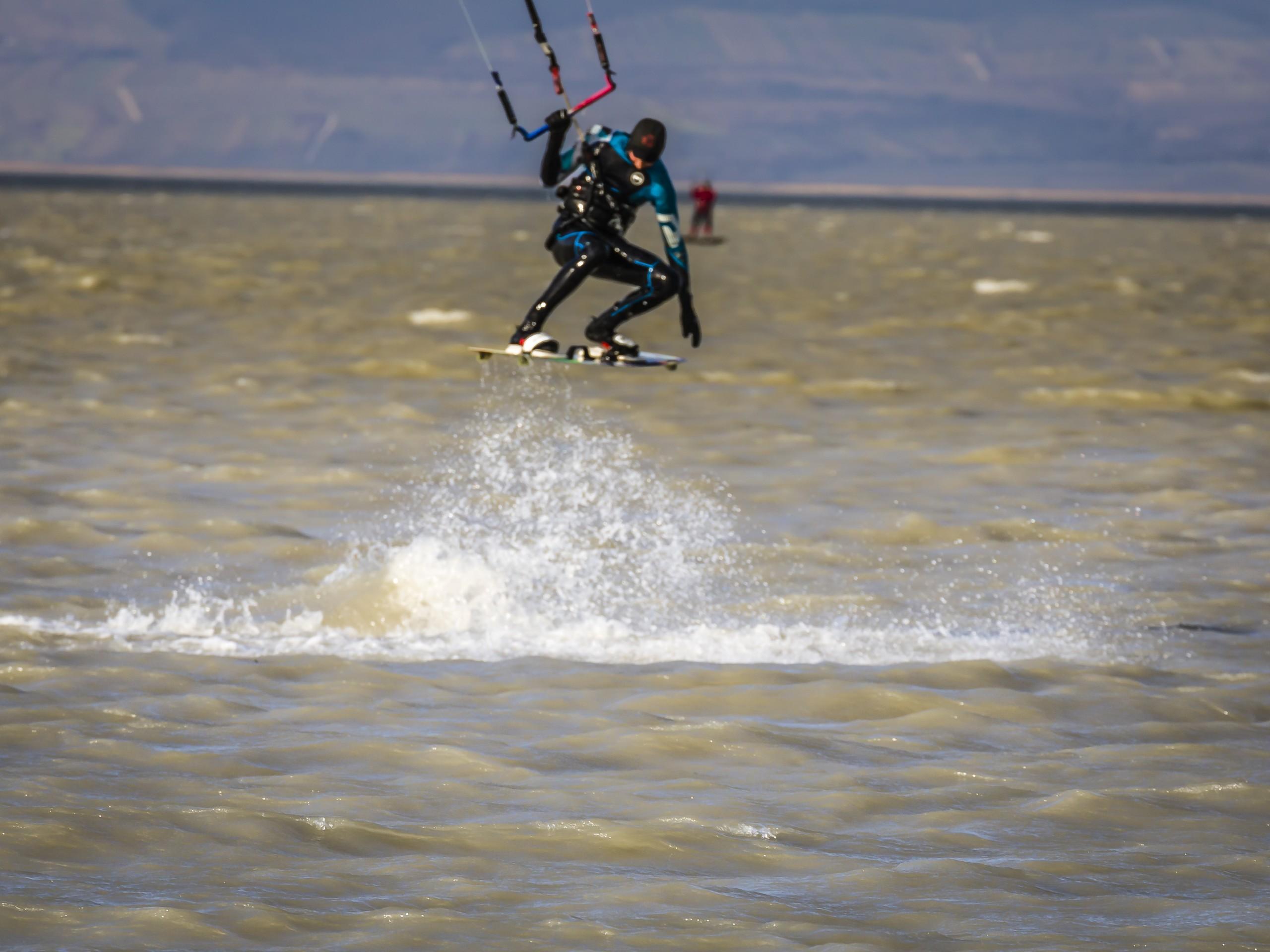 Kitesurfer am Neusiedlersee